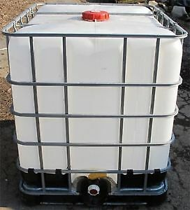 1000 litre water totes