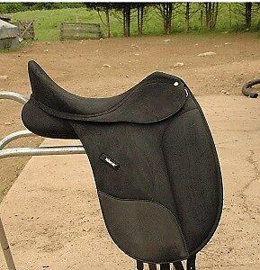 "Isabell Wintec Dressage English Saddle 16.5"""