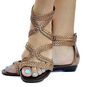 9d85b5e33195 Gold Flat Gladiator Sandals