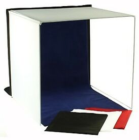 Square Light Tent 60cm x 60cm x 60cm VGC Folds flat for transport or storage