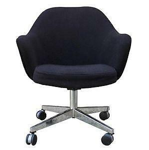 Beau Antique Swivel Desk Chairs