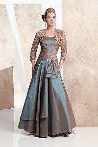 Wedding Dress by Mon Cheri/ robe de soirée