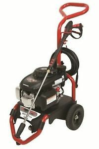 Brand New in Box 2600 PSI Pressure Washer with Honda Engine