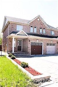 Gorgeous home-3 +1 bedrooms in maple Vaughan