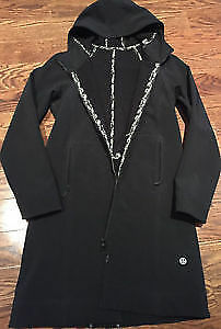 Lululemon Apres Rain Jacket Black 8 I Ship