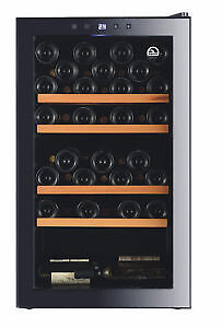 Igloo FRW482C 48-Bottle Compressor and Wine Cooler with Wooden S Cambridge Kitchener Area image 1