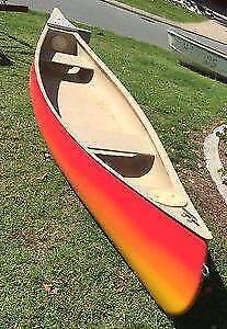 Canadian Canoe 4.8 m. 16ft fibreglass