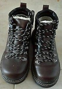 NEW BROWN WOMAN HIKING SHOES SIZE 8.5 35