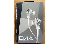 Monster DNA In-Ear Headphones, White. BRAND NEW AND BOXED