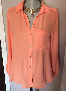 DYNAMITE PEACH BLOUSE W/ SIDE SLITS- SZ S