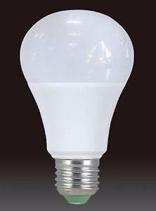 ~~~SALE!!! LED 3 PK 9W A19 Bulb Dimmable 3000K/6000K cUL replaces 60W Bulb SAVE ON ENERGY!!~~~~~