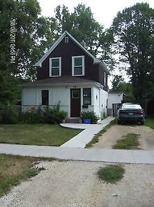 House for rent in Selkirk MB. 1150/month plus utilities