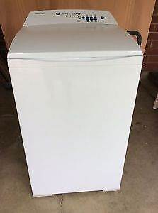 Fisher & Paykel 5.5kg washing machine. Paddington Brisbane North West Preview