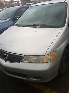 2002 Honda Odyssey Minivan, Van QUÉBEC plated need gone asap