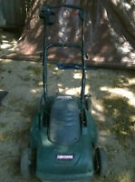CRAFTSMAN ELECTRIC MULCHING LAWN MOWER PUSH as new TRADE BARTER