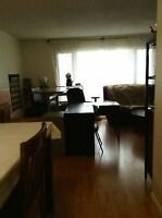 SHARE HOUSE IN NICE NW AREA - WALKING DISTANCE TO LRT