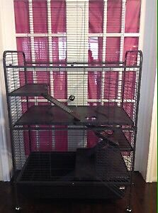 Cages neuves pour furet,chinchilla modèle deluxe 275$
