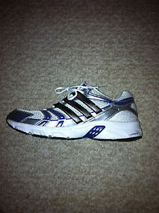 Addidas mens size 12 running shoes London Ontario image 1