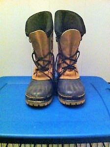 NEW PRICE!! MENS SIZE 7 SORELS WINTER BOOTS WITH THICK LINERS