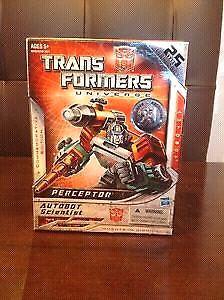 Transformers Universe Preceptor