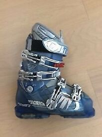 Women's ladies ski boots uk 4/4.5 TECHNICA ATTIVA VENTO 8 used