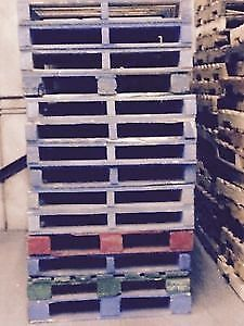 SKIDS / PALLETS / GARBAGE BAGS FOR SALE / JANSAN SUPPLIES