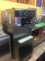 Taylor C713-27 soft serve ice cream machine