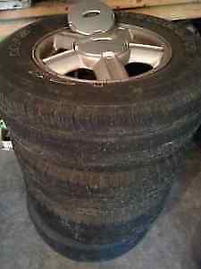 Michelin Tires on rims  Pneus Michelin sur jantes