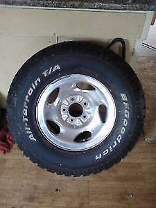 1 ford f-150 chrome rim with bf goodrich t/a tire