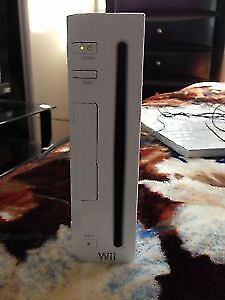 Wiii Game Console with Package