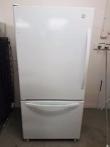Kenmore fridge with bottom freezer - FREE DELIVERY