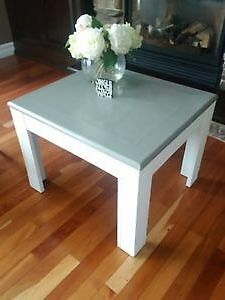 Re-Finished End Table Cambridge Kitchener Area image 1