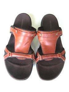 a17166438ff5 Womens Merrell Sandals Size 10