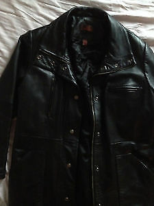 Genuine leather men's jackets size S and L Gatineau Ottawa / Gatineau Area image 2