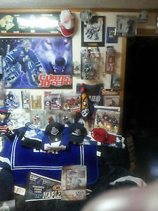 Vast Toronto Maple Leafs Hockey Memorabilia Collection Cambridge Kitchener Area image 6
