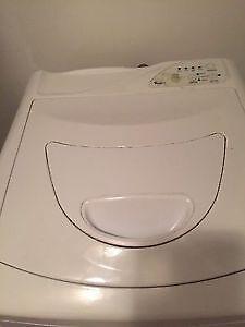 Laveuse Portative Whirlpool / Portable washing machine
