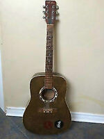 Art Lutherie accoustic Guitar Good working cONDITION