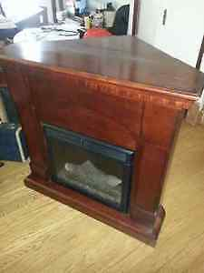 ELECTRIC FIREPLACE AND CORNER MANTEL