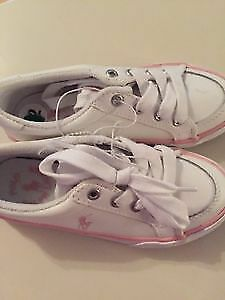 BRAND NEW GIRLS PRETTY PINK AND WHITE POLO RUNNING SHOES SIZE 12 Edmonton Edmonton Area image 1