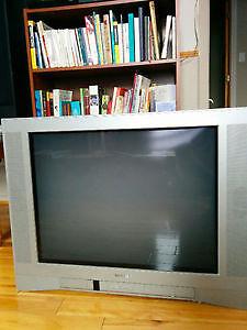 Télévision Toshiba 27 pouces