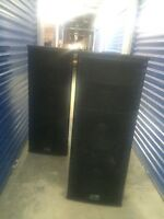 2 Peavey speakers and 3000 watt Amp ** only used twice**