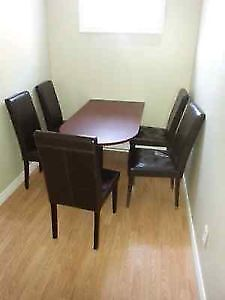 **Room** close to MUN  and CONA