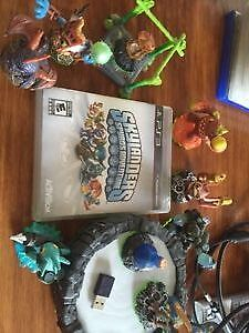 10 PS3 games, Skylander and lots of other accesories 2 PS4 games
