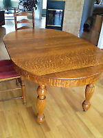 Solid Tiger Oak Dining Set Table + Chairs