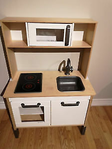 LIKE NEW! IKEA KITCHEN( DUKTIG)
