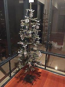 """Christmas Tree 6"""" Compact - (Easy Fold, Storage & Assembly) Rare!"""