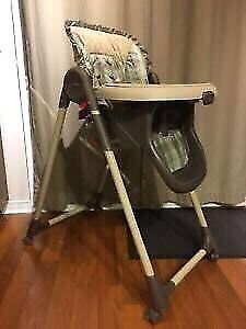 Chaise haute Graco high chair , only 20$