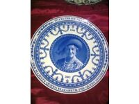 QUEEN MOTHER WEDGWOOD PLATE COLLECTORS ITEM ONLY £25.00