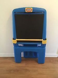 Little tikes easel & chalkboard. AVAILABLE
