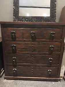 commode, table de chevet, miroir / dresser, night stand, mirror